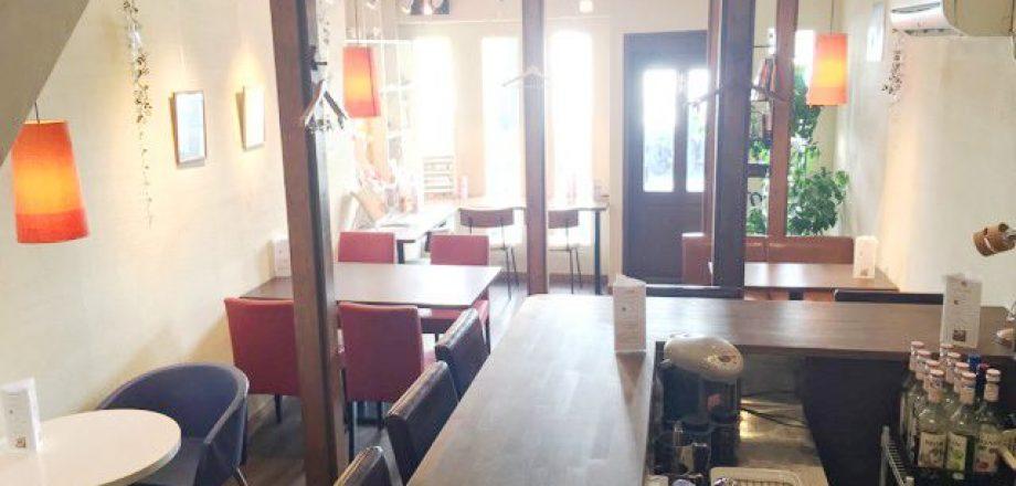 北千住 ギャラリーカフェバー Tom's Cafe